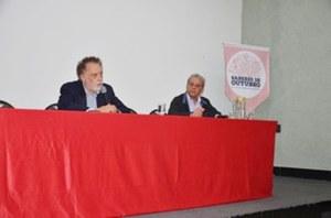 Theotonio dos Santos realiza palestra no Projeto Saberes de Outubro em BH