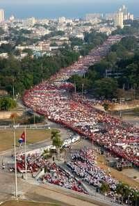 Multitudinária e representativa celebração em Cuba