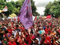 Ceará Contra o Golpe reúne milhares em Fortaleza