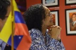 Lutadores sociais do Rio de Janeiro recebem nova embaixadora da Venezuela