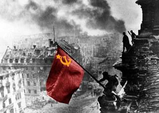 Semana da Vitória na UERJ comemora os 70 anos da rendição do nazi-fascismo!