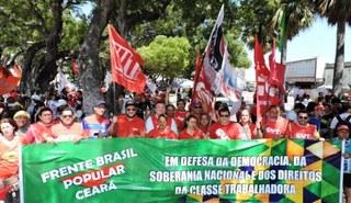 Fortaleza se mobiliza contra golpe neoliberal