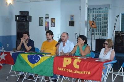 Mesa de lançamento do livro Crise do Capital em Marx