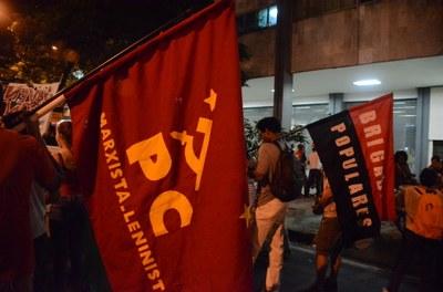 Organizações políticas na rua contra o fascismo