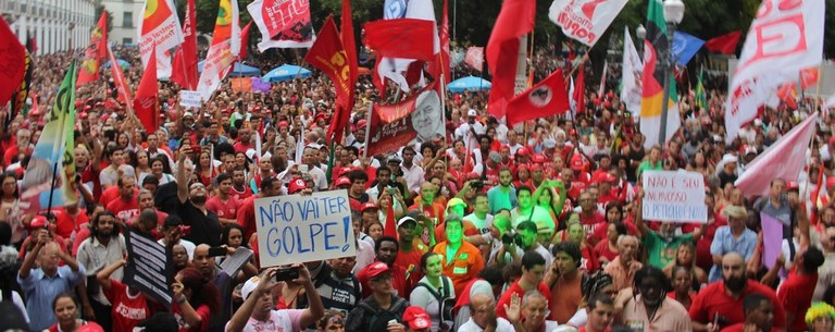 Trabalhadores rechaçam golpistas