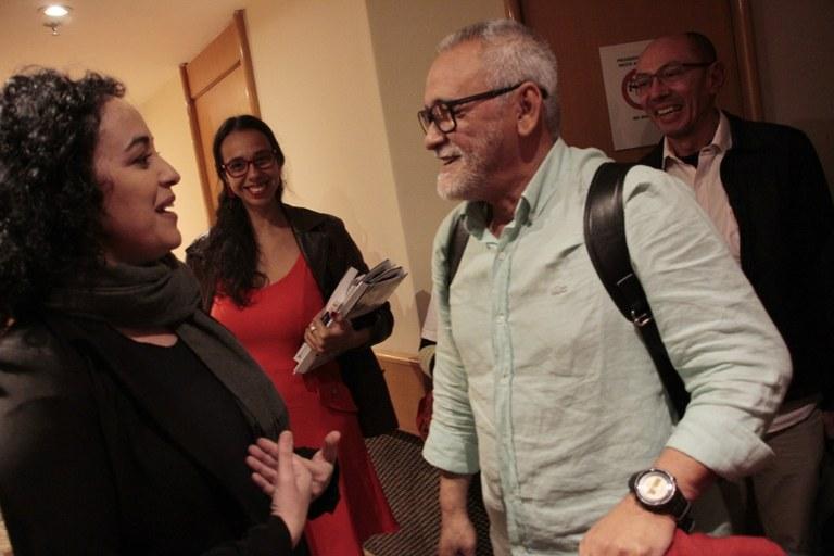 A candidata Marcia Tiburi e o secretário-geral do PCML Aluisio Bevilaqua