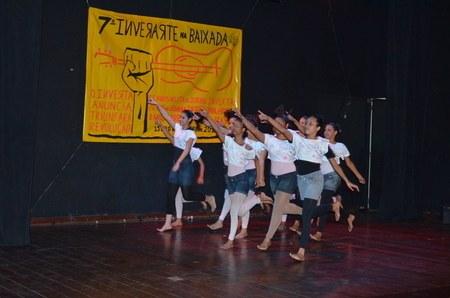 Academia de dança Mila Balett abre Ópera Reggae