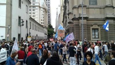 Trabalhadores no centro do Rio de Janeiro