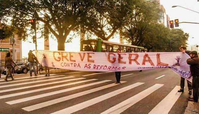 Travamento da Av. Francisco Matarazzo na zona oeste de São Paulo