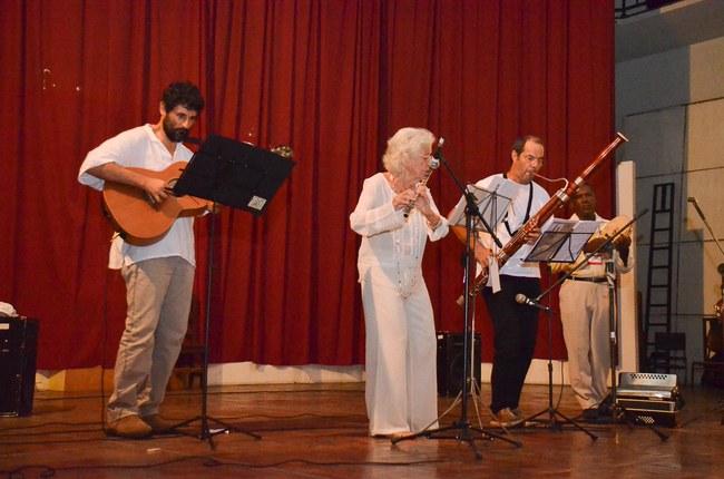 Roda de Amigos apresenta música instrumental
