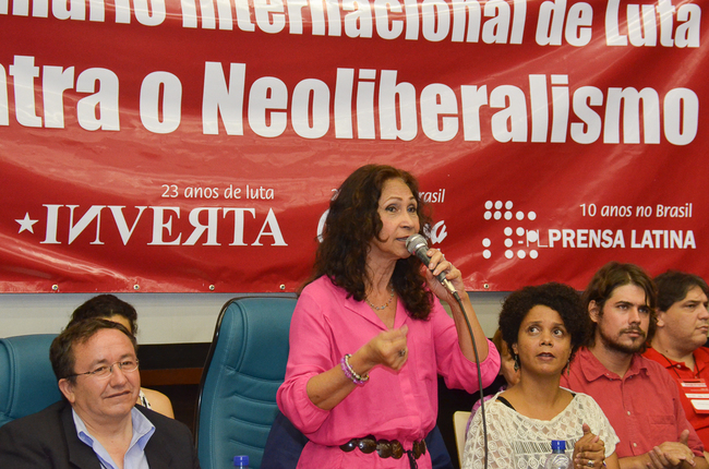 Marília Bevilaqua canta Taiguara