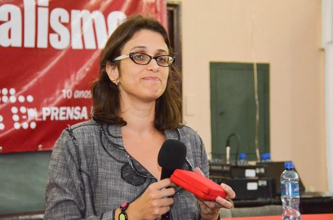 Professora Nadine Borges recebe homenagem à Comissão da Verdade do Rio