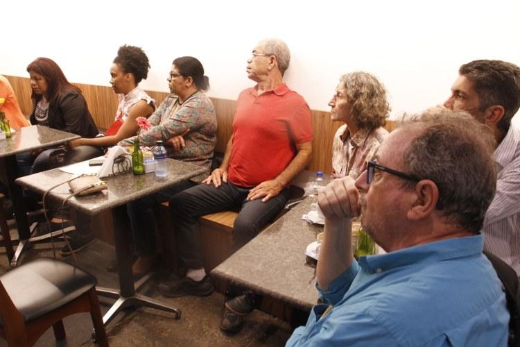 Drª Ana Alice (CEPPES), a jornalista Érica Soares e convidados