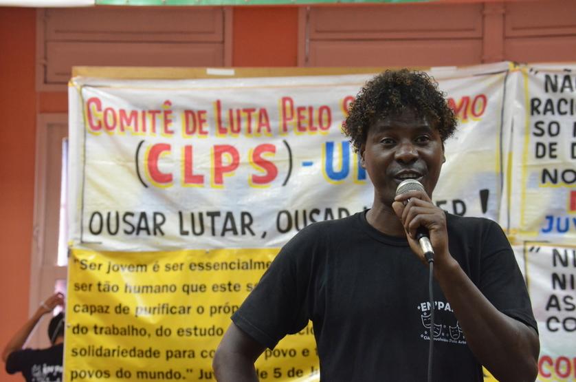 Carlos diretor da companhia de Teatro En'Parte