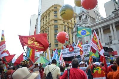 PCML presente na Cinelândia no Rio