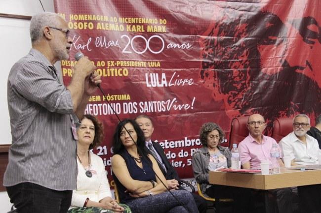 Deputado estadual Gilberto  saúda o seminário e destaca a importância do INVERTA para uma imprensa livre