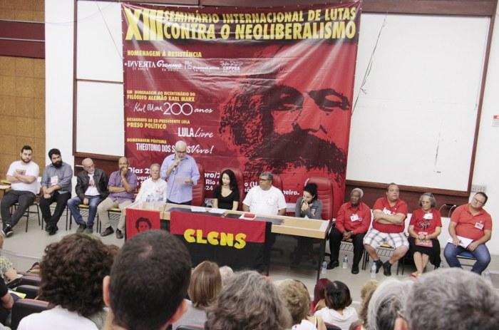 Mesa de Lutas e Desagravo ao ex-Presidente Lula e a Luta Contra o Golpe Neoliberal