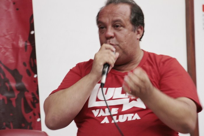 Roberto Ponciano, diretor da CUT-RJ